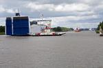 Frachtschiffe auf dem Nord-Ostsee-Kanal / Transport ship goes on the Kiel Canal